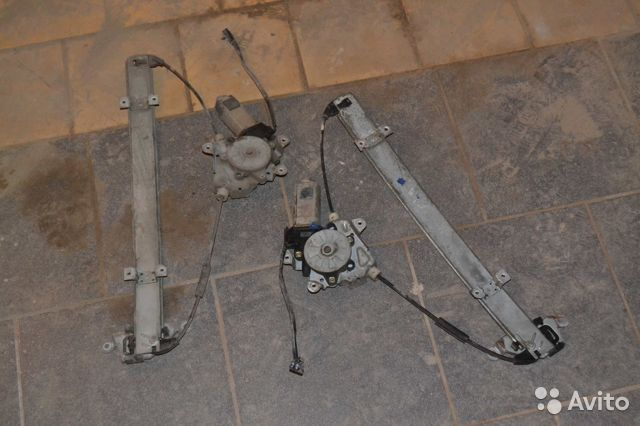 стеклоподъемник передний левый на nissan primera p10