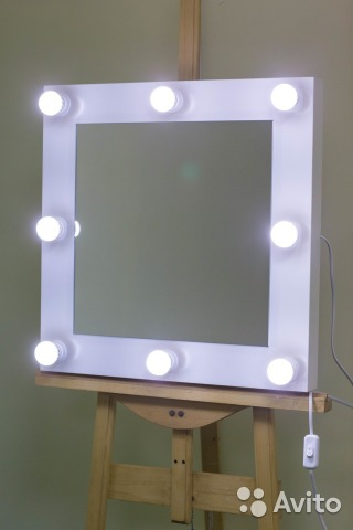 Настольное зеркало для визажиста фото 262-642