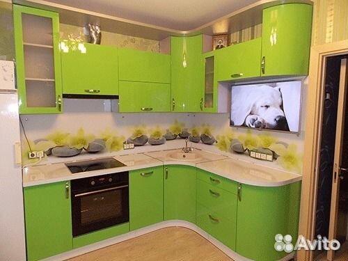 зелёная угловая кухня фото