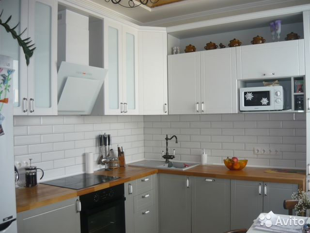 Продается трехкомнатная квартира за 6 000 000 рублей. г Кемерово, Комсомольский пр-кт, д 46.