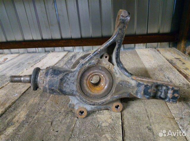 Кулак поворотный (цапфа) передний левый Citroen C4
