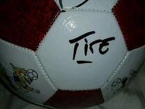 Футбольный мяч с 9 автографами сборной Бразилии