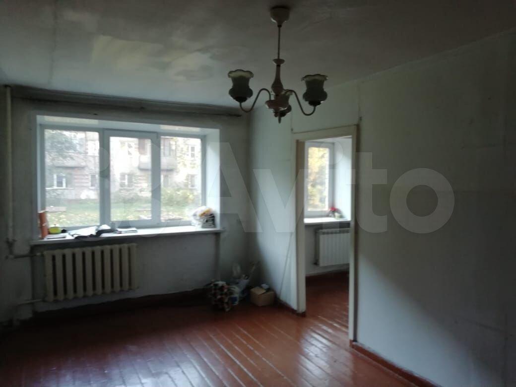 2-room apartment, 42 m2, 1/5 floor  89609470294 buy 8