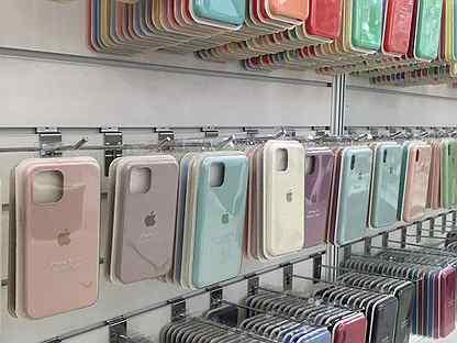 Чехлы для iPhone / Магазин в центре города