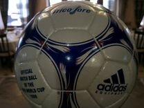 Футбольный мяч 1998